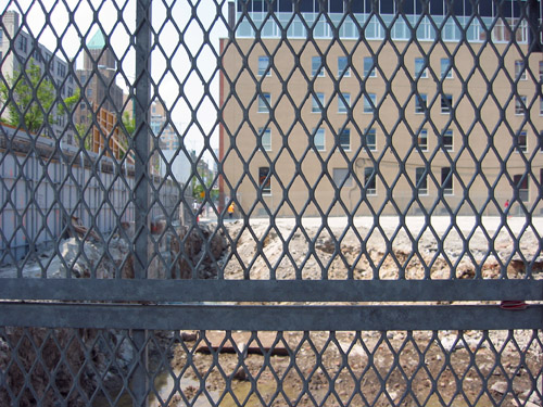 A fence off of King St.