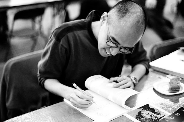 Kean Soo at the 2005 Toronto Comicon.